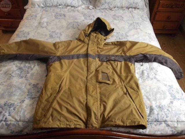 Vendo chaqueta de esquí y alpinismo - foto 1