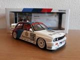 BMW M3 E30 RAVAGLIA MINICHAMPS
