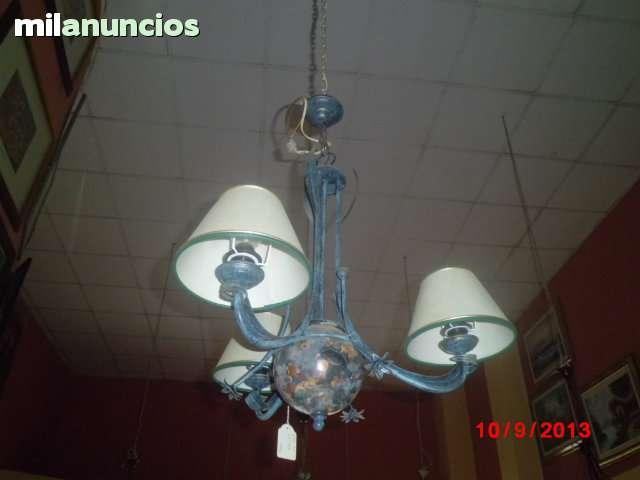 lámpara de forja de tres brazos. - foto 1