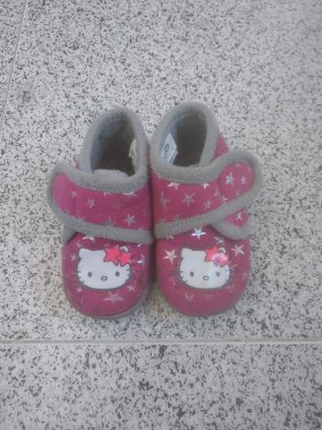 zapatillas de casa hello Kitty - foto 1