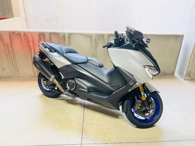 Yamaha - TMAX - foto 1