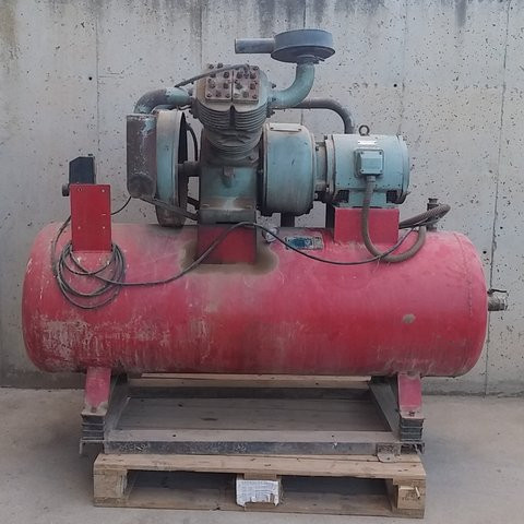 Compresor aire 500 litros - foto 1