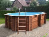 Montador de piscinas de madera - foto