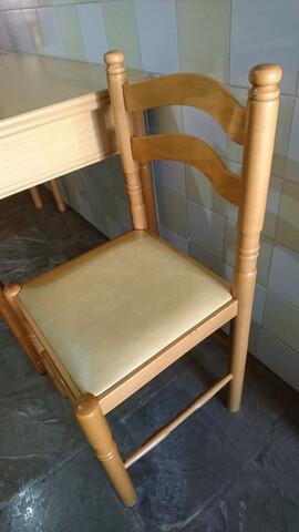 Mesa madera abatible con sillas - foto 1