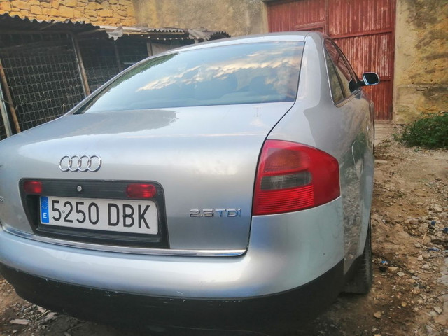 Audi - A6 - foto 1