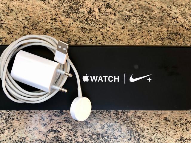 Cargador Apple Watch - foto 1