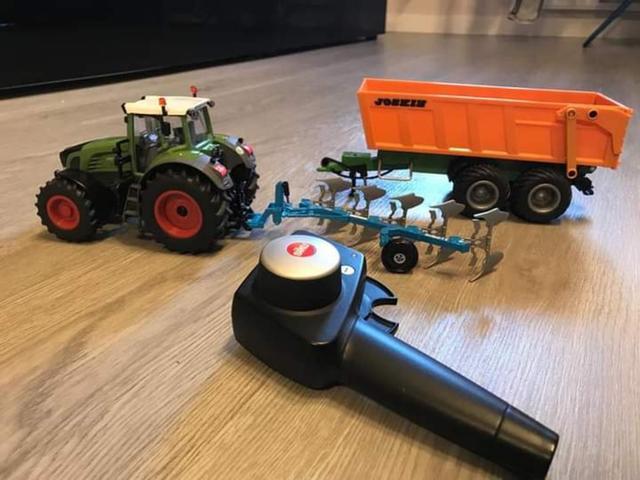 Tractor Rc con remolque - foto 1