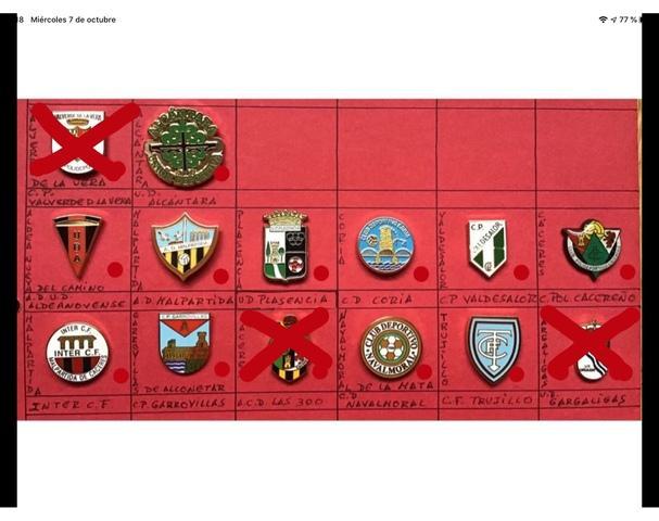 Pins fútbol Extremadura - foto 1