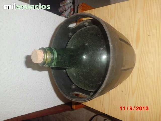 Botella de cristal antigua - foto 1