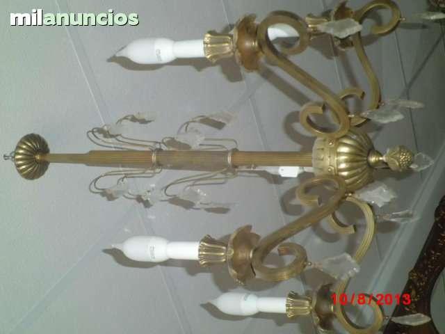 Lámpara antigua de bronce y crital. - foto 1