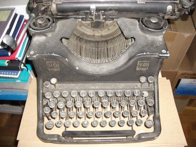 Vendo lote de 4 mÁquinas de escribir - foto 1