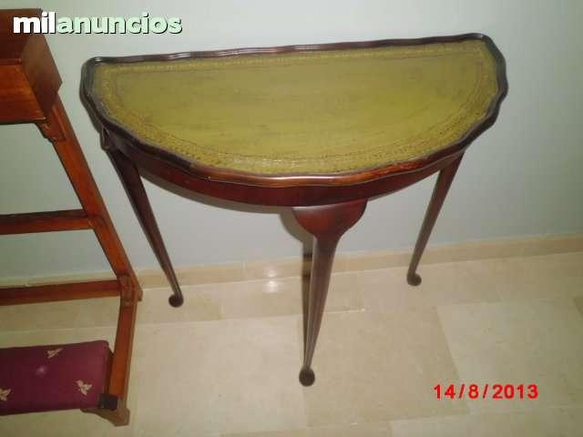 Consola antigua de madera - foto 1