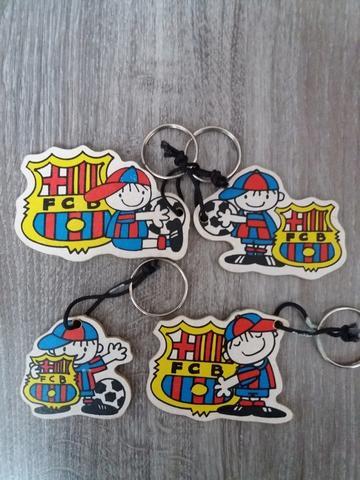 llaveros FC Barcelona. madera - foto 1