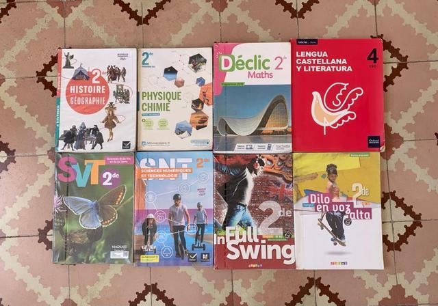 Libros de Seconde del liceo francés  - foto 1