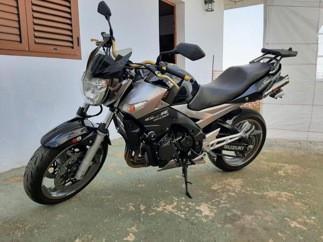 Suzuki - GSR600 - foto 1