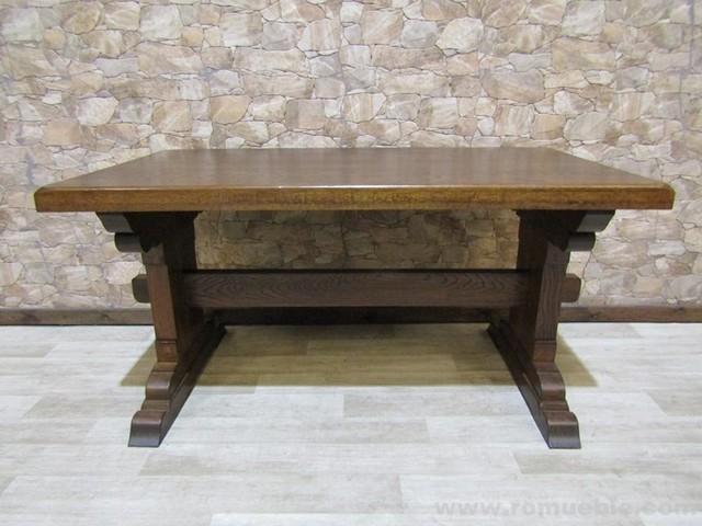 Mesas y sillas rústicas de roble - foto 1