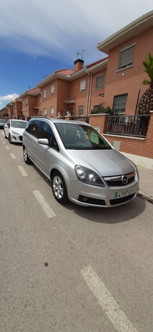Opel - Zafira - foto 1