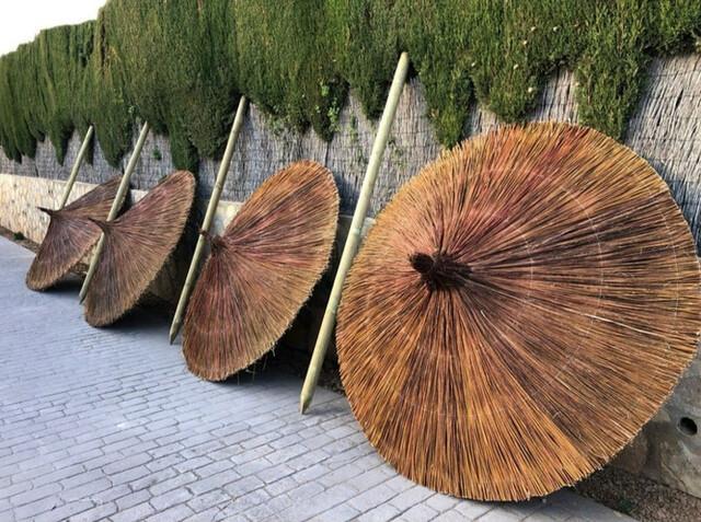Seacen sombrillas de brezo y esparto  - foto 1