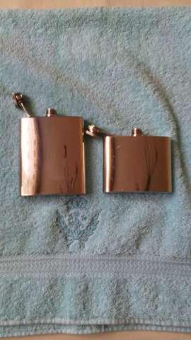 Dos Petacas de metal - foto 1