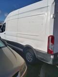 Alquiler de furgones - foto