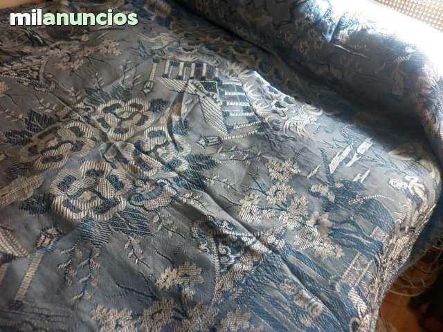 Preciosa y antigua colcha de seda azul - foto 1