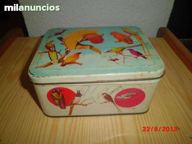 caja antigua de lata - foto 1