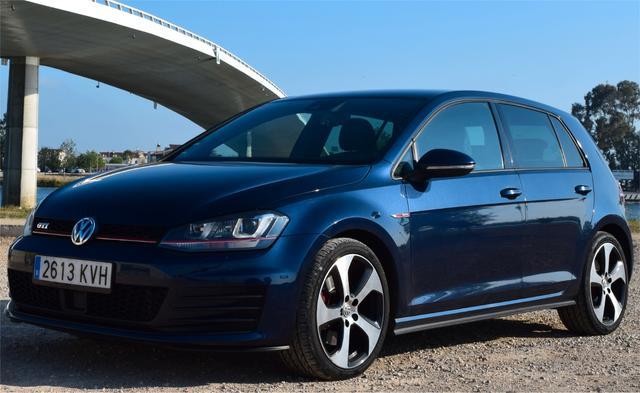 Volkswagen - Golf - foto 1