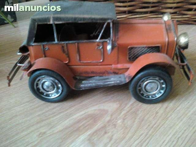 antigua reproduccion de coche años 20 - foto 1