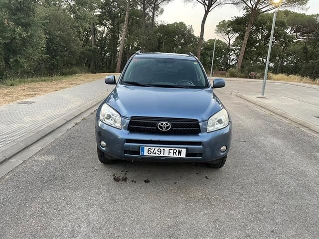 Toyota - Rav4 - foto 1