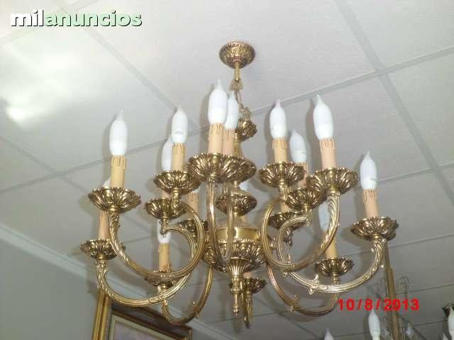 Lámpara antigua con 8 brazos dobles. - foto 1