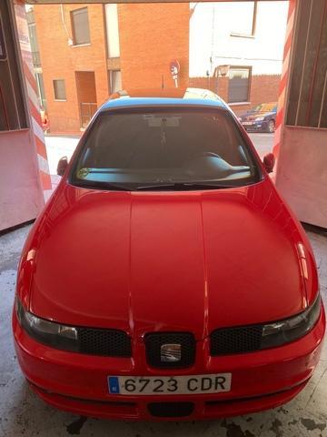 SEAT - León - foto 1