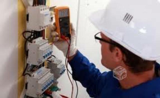 Electricista autorizado sevilla BOLETÍN - foto 1
