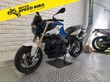 BMW - F800 R