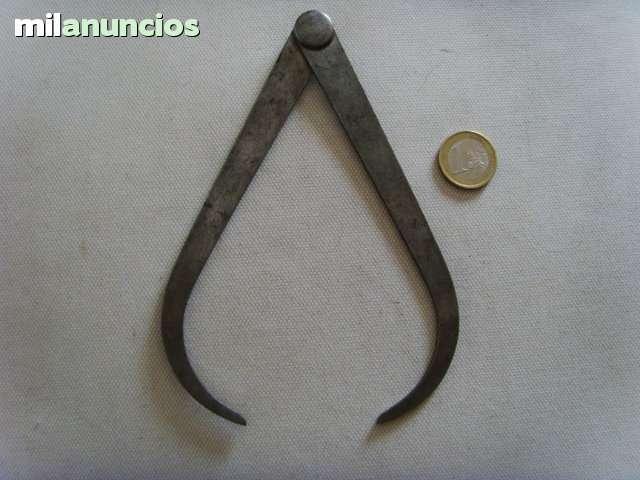 antiguo compas de hierro. - foto 1