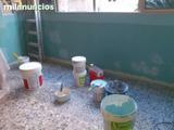 Pintura de fachadas de edif e interiores - foto