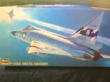 MAQUETA F-102A
