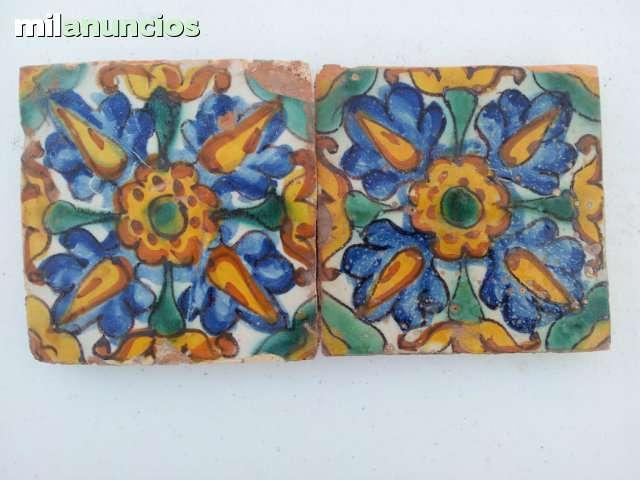 Azulejos antiguos del siglo xviii - foto 1